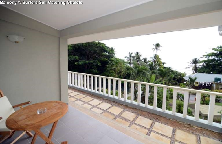 Balcony Surfers Self Catering Chalets (Mahe)