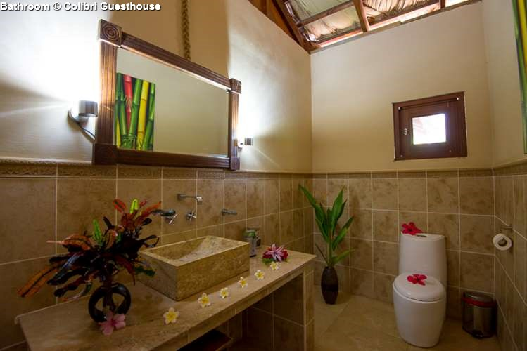Bathroom Colibri Guesthouse