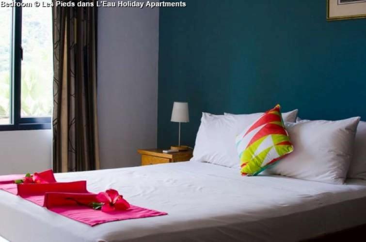 Bedroom © Les Pieds dans L'Eau Holiday Apartments (Mahe)