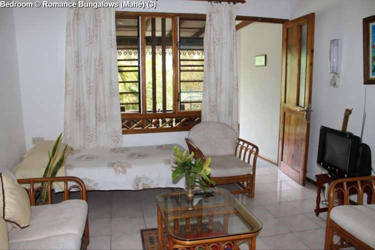 Bedroom © Romance Bungalows (Mahé) (3)