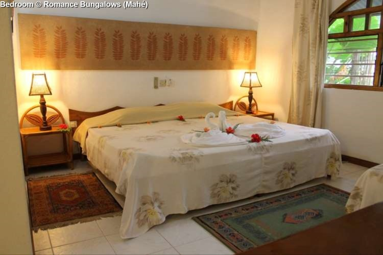 Bedroom © Romance Bungalows (Mahé)