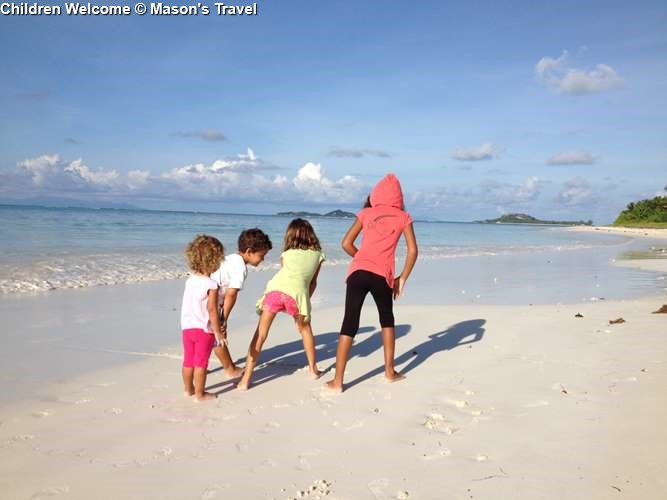 Children on the beach Ocean Jewels Resort (Praslin)