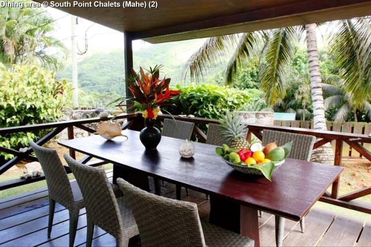 Dining area © South Point Chalets (Mahe)