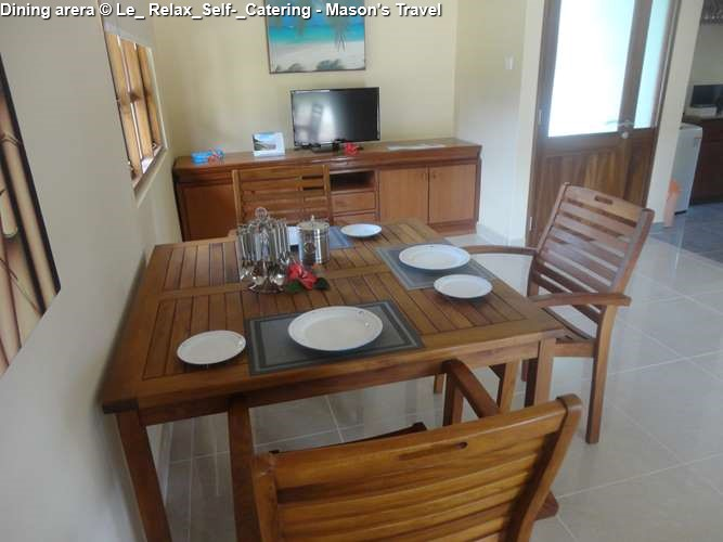 Dining arera apartment Le_ Relax_Self-_Catering - Mason's Travel