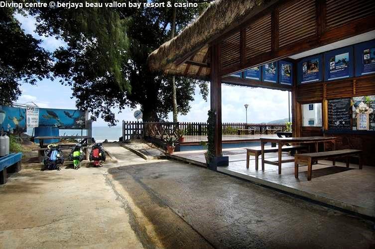 Diving centre berjaya beau vallon bay resort & casino