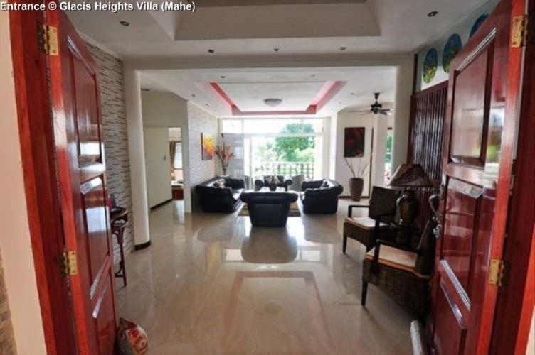 Entrance © Glacis Heights Villa (Mahe)