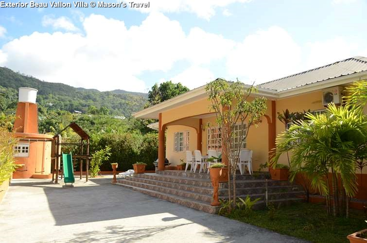exterior Beau Vallon Villa