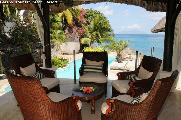 Gazebo Sunset_Beach_ Resort