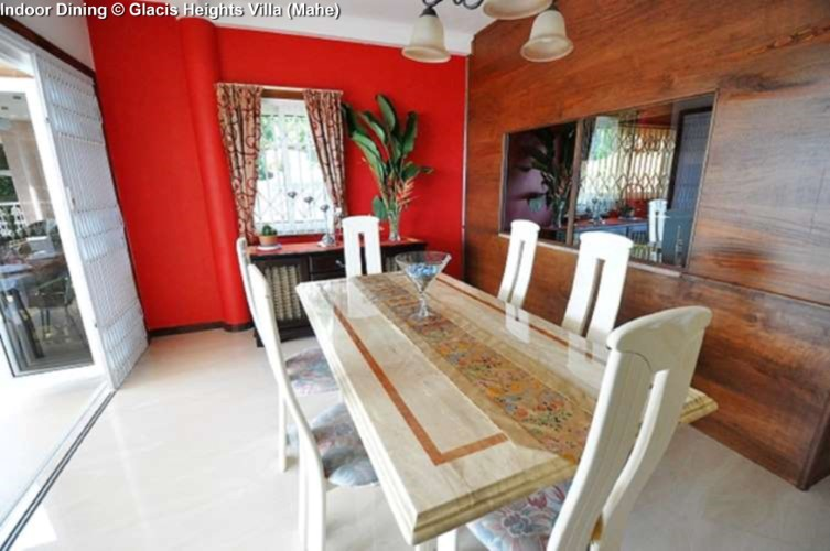 Indoor Dining © Glacis Heights Villa (Mahe)