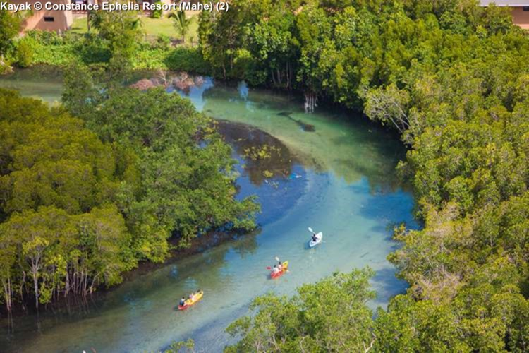 Kayak © Constance Ephelia Resort (Mahe)