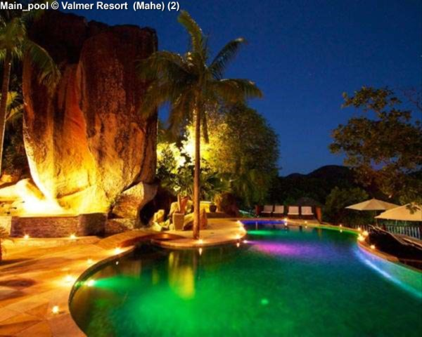 Main_pool © Valmer Resort (Mahe)
