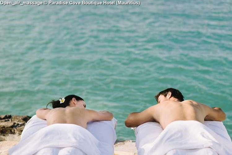 Open_air_massage © Paradise Cove Boutique Hotel (Mauritius)