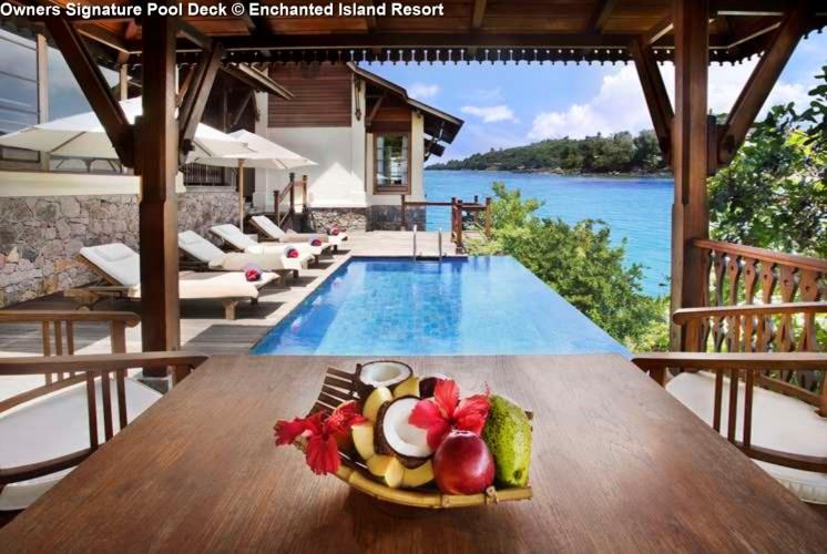 Owners Signature Pool Deck © Enchanted Island Resort