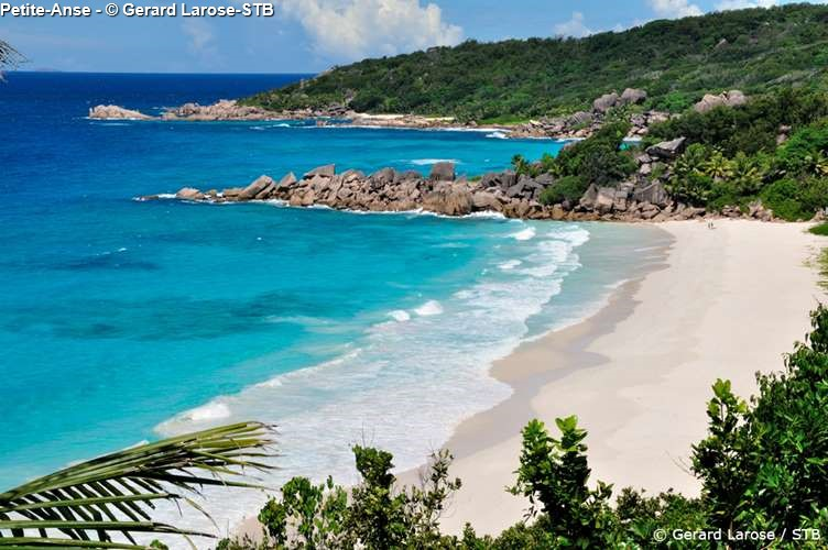 Petite Anse on la Digue (Seychelles)
