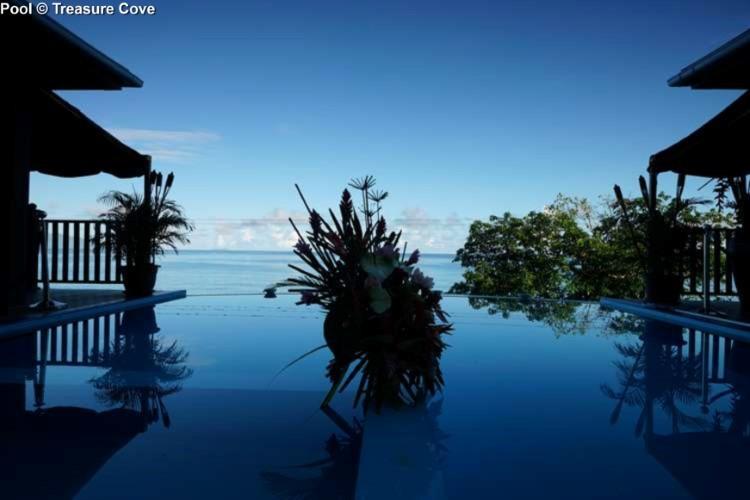 Pool side Treasure Cove (Mahe)