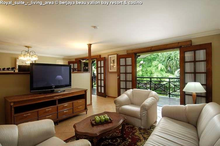 Royal_Suite berjaya beau vallon bay resort & casino