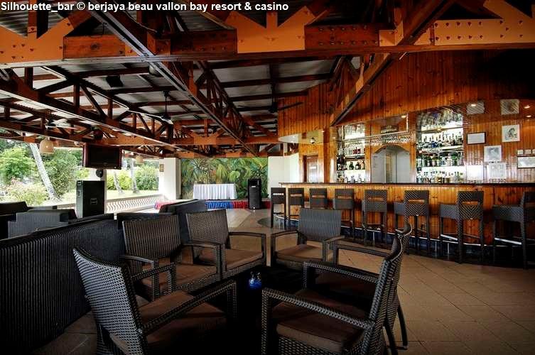 Silhouette_bar berjaya beau vallon bay resort & casino