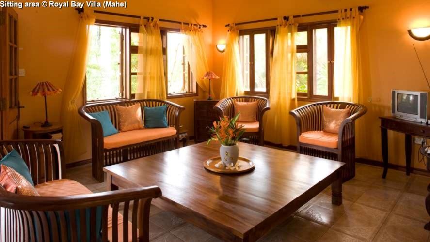 Sitting area Royal Bay Villa (Mahe)