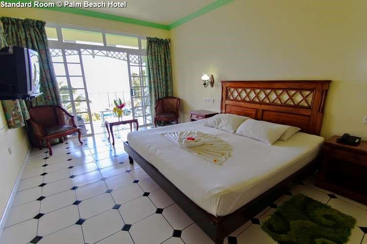 Standard Room Palm Beach Hotel