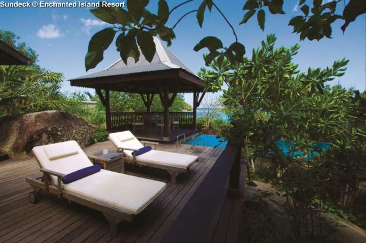 Sundeck © Enchanted Island Resort
