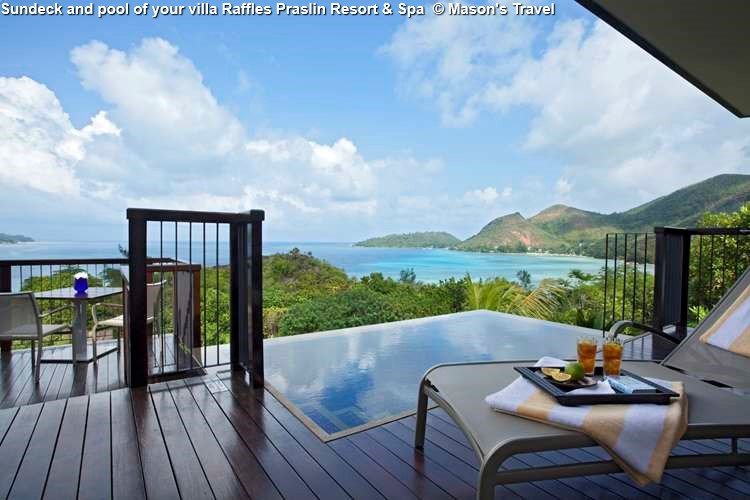 Sundeck and pool of your villa Raffles Praslin Resort & Spa (Praslin)