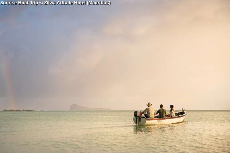 Sunrise Boat Trip Zilwa Atttude Hotel (Mauritius)