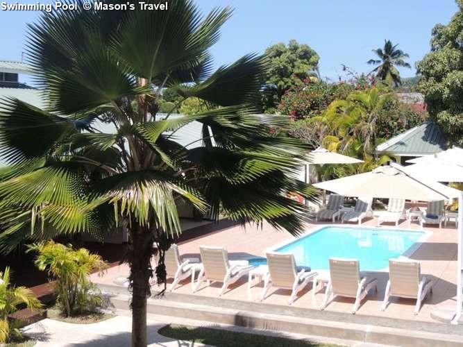 Swimming Pool Hotel La Roussette