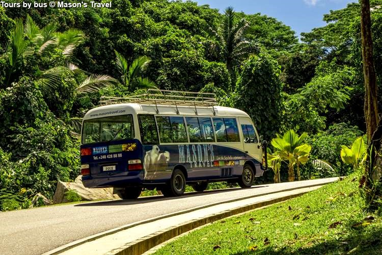 Tours by bus in the Seychelles