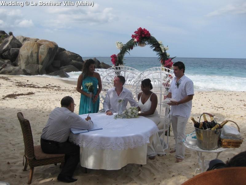 Wedding © Le Bonheur Villa (Mahe)