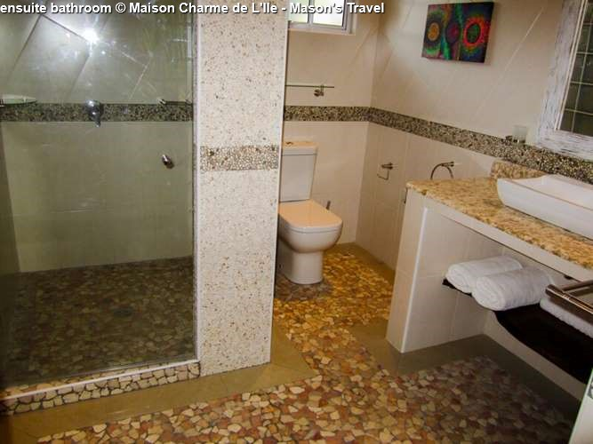 Bathroom Maison Charme de L'Ile