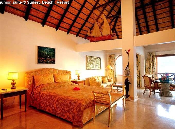 junior_suite Sunset_Beach_ Resort