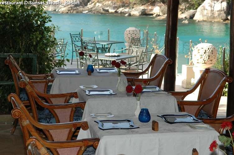 restaurant Sunset_Beach_ Resort
